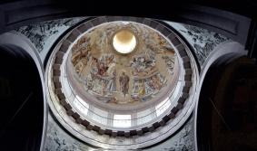 Trás a arte sacra de Lino Dinetto
