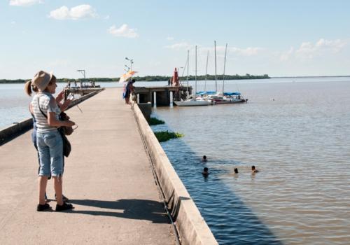 Navegar por las islas del Río Uruguay