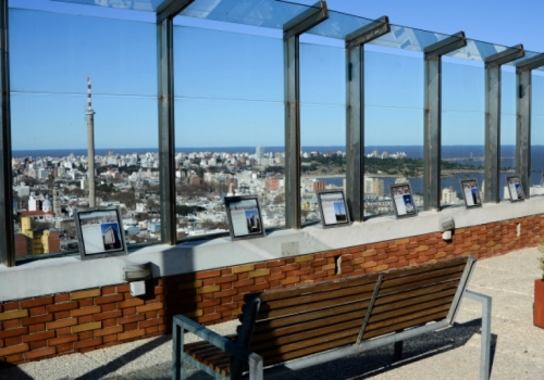 Contemplar Montevideo desde las alturas