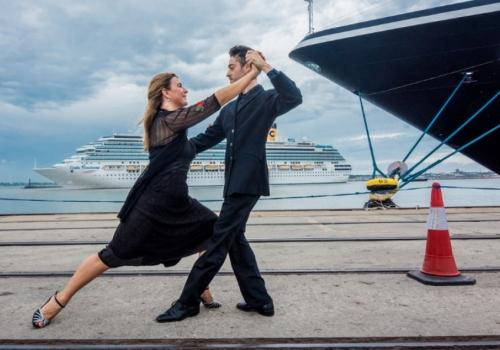 Postales de Tango para despedir a Cruceristas
