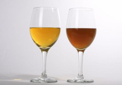 Probar el vino de miel y a engendrar varones