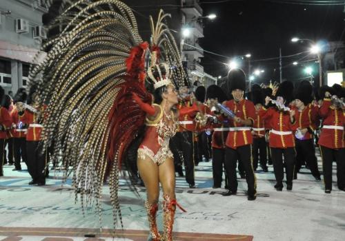 Carnaval de Artigas, el carnaval uruguayo más carioca