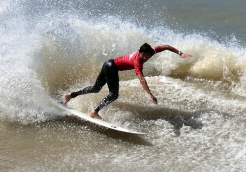 Verano en Rocha en clave de surf